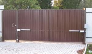 Ворота из профнастила в Чехове